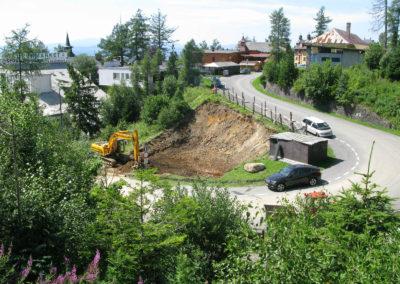 začalo sa kopať