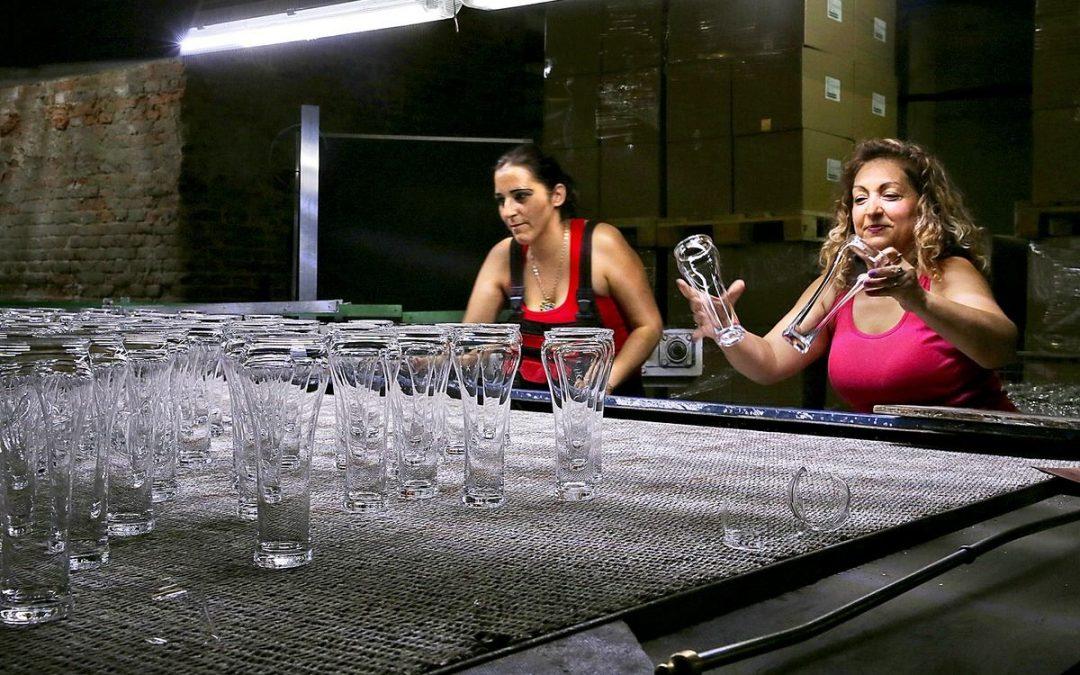 TATRANSKÁ MINERÁLKAsa pije z najkvalitnejšieho slovenského skla
